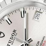 Revisión clásica de Tudor -  Relojes para hombres